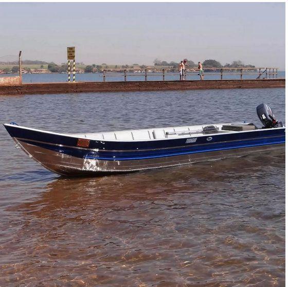 Barco Martinelli Tornado 500 borda alta 5m bico Preço a vista R$ 5.568,00 (Frete a consultar)