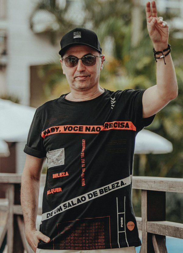 Camiseta Collab Zeca 1