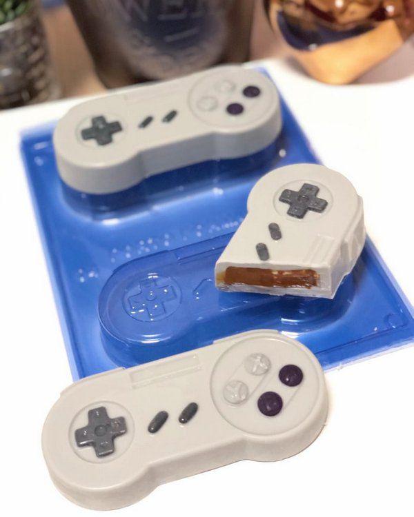 Forma de Acetato Com Silicone (3 Partes) Controle Video Game Nintendo Retro - Bwb