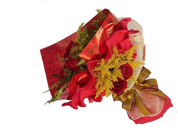 Buquê de 12 Rosas Vermelhas