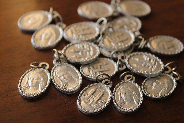 Medalha de Nossa Senhora Rainha da Paz (produto de Medjugorje)