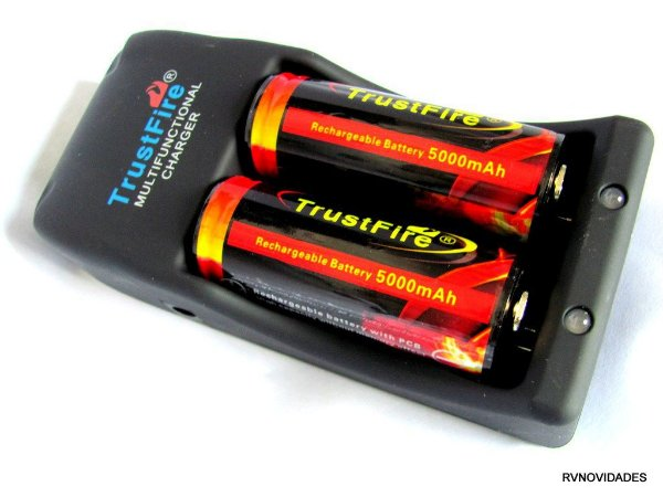 Carregador TrustFire Universal +2 bateria recarregável