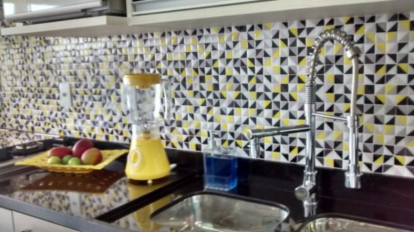 Pastilha Adesiva Resinada URBAN CRAFT 28 x 28 cm