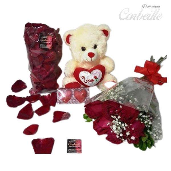 Kit com Ramalhete de 6 rosas, Ursinho pequeno e um pacote de pétalas vermelhas