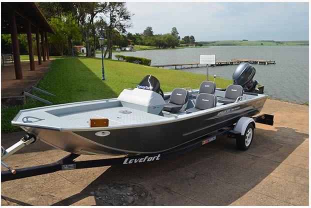 Barco Levefort Apolus Fish Tracker - Versão 550