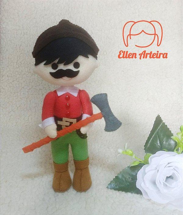 Boneca Caçador da Chapeuzinho Vermelho - 20 cm