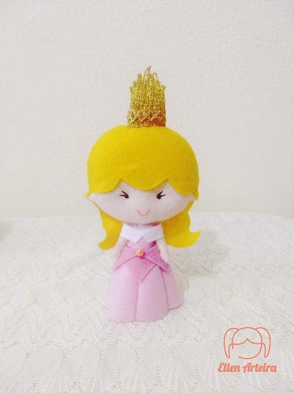 Boneca em Feltro Aurora - 15 cm