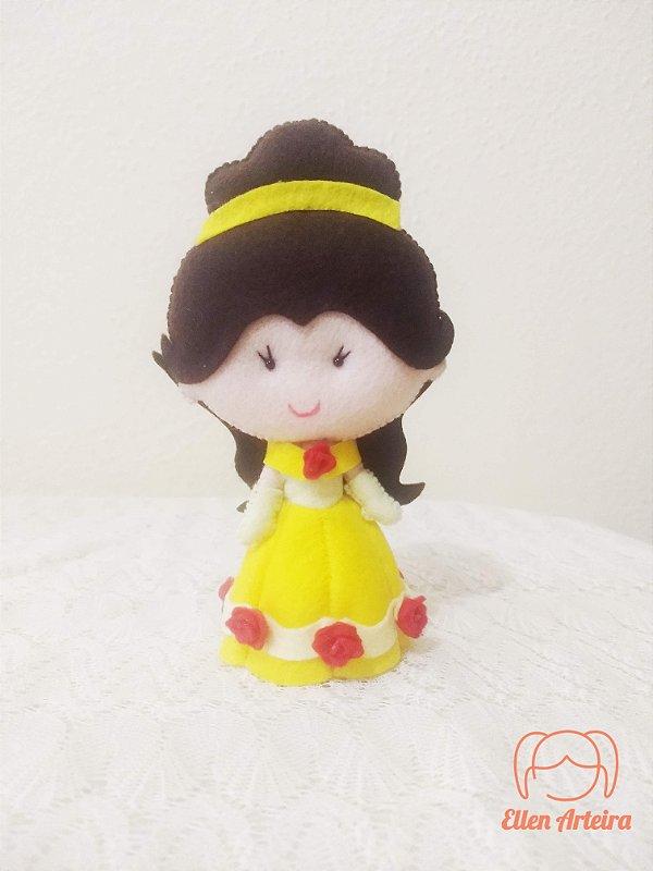 Boneca em Feltro Bela - 15 cm