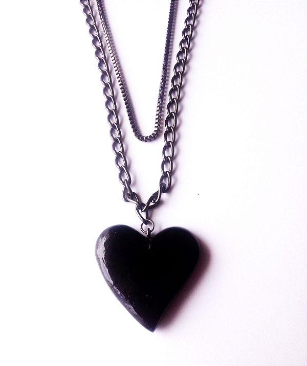 Colar corrente dupla de coração em preto