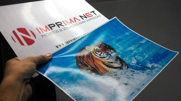 Papel Fotográfico A4 180gr holográfico com EFEITO 3D EM LINHA Brilhante ( glossy ) á prova d'água - 20 folhas
