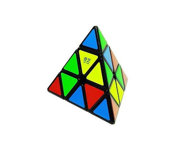 Cubo Mágico Profissional Pyraminx  Preto - Qiyi
