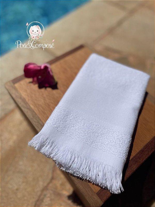 Toalha de Mão com Franja Branca (Faixa para Bordar)