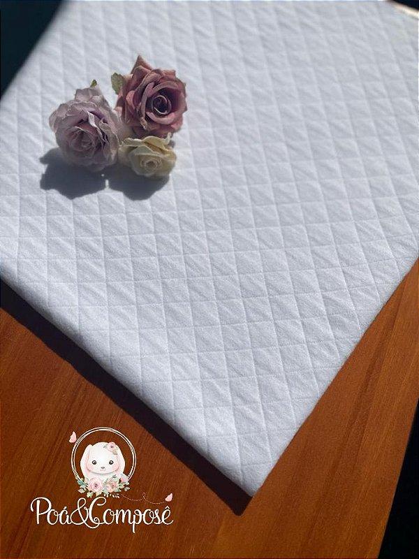 Malha Matelassê cor Branco (Corte 80x80)