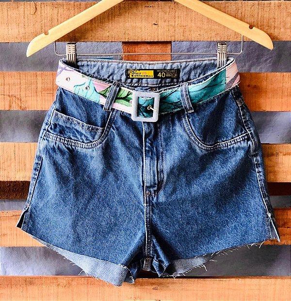 Short Jeans Escuro Sem Rasgos
