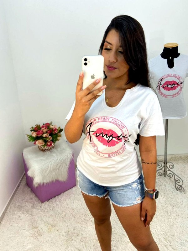T-SHIRTS FEMININA ALGODÃO GOLA BRANCO AMOUR