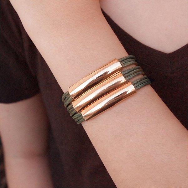 Pulseira bracelete de couro feminina maxi fio verde folheada a ouro 18K hipoalergênico