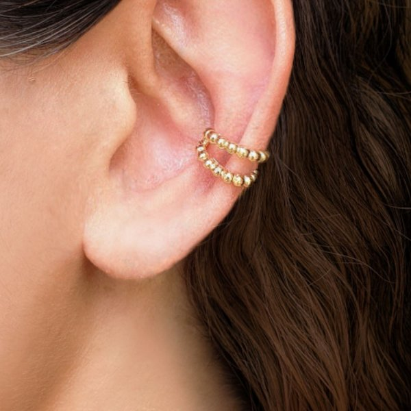 Brinco piercing fake de pressão bolinhas  folheado a ouro 18K hipoalergênico
