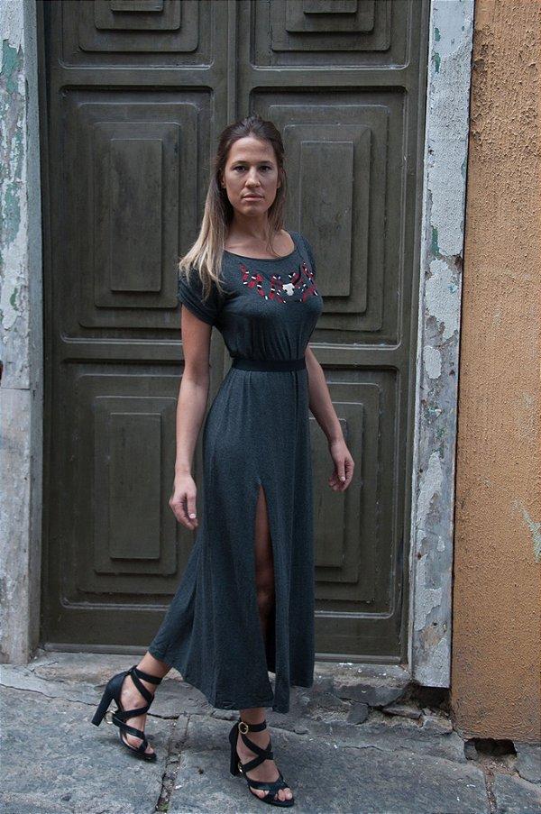 Vestido de Malha Bordado