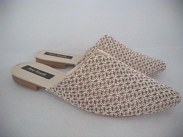 Mule Flat Feminino Têxtil Bege Bico Fino - Mulher
