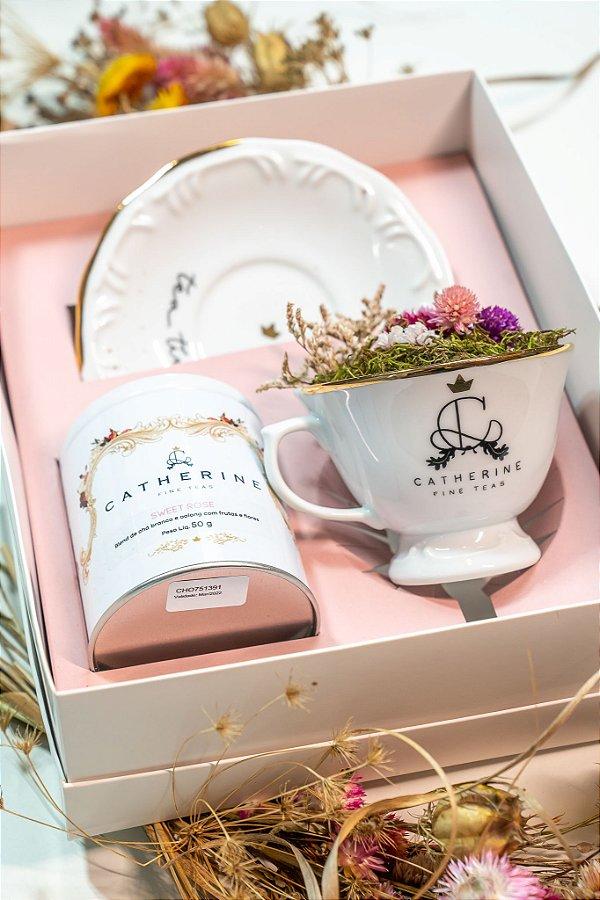 Kit Tea And Flower