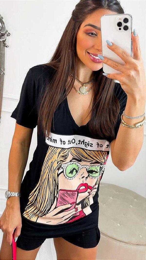 T-shirt Alongada Preta Com Estampa E Detalhes Em Strass - 51034