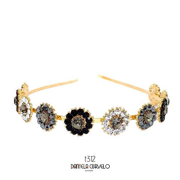 Tiara de Metal Dourada Flores Brancas Hematite e Cinza - T312