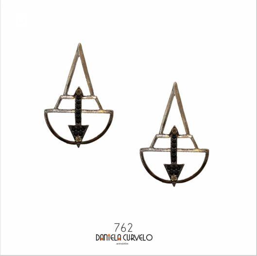 Brinco Triângulo Ônix e Preto - BG762PO