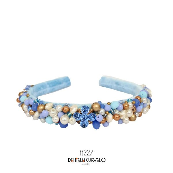 Tiara de Luxo Bordada Média Azul Claro e Pérolas - T227