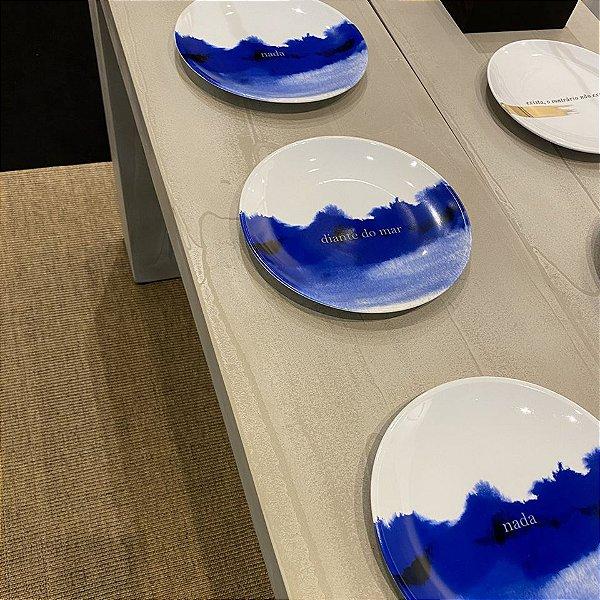 Trio de pratos Nada, diante do mar, nada