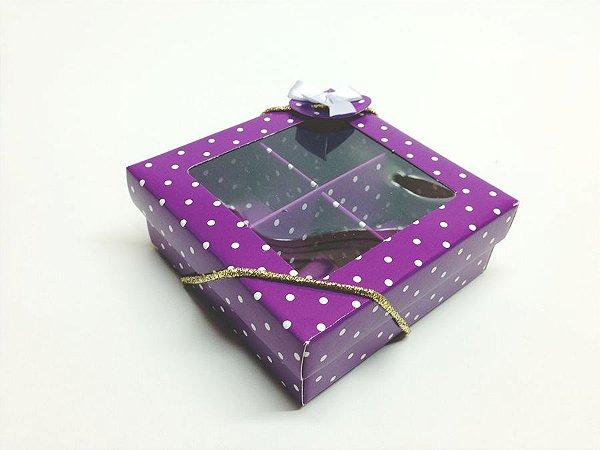 Caixa com 4 divisões para Chocolates e Doces