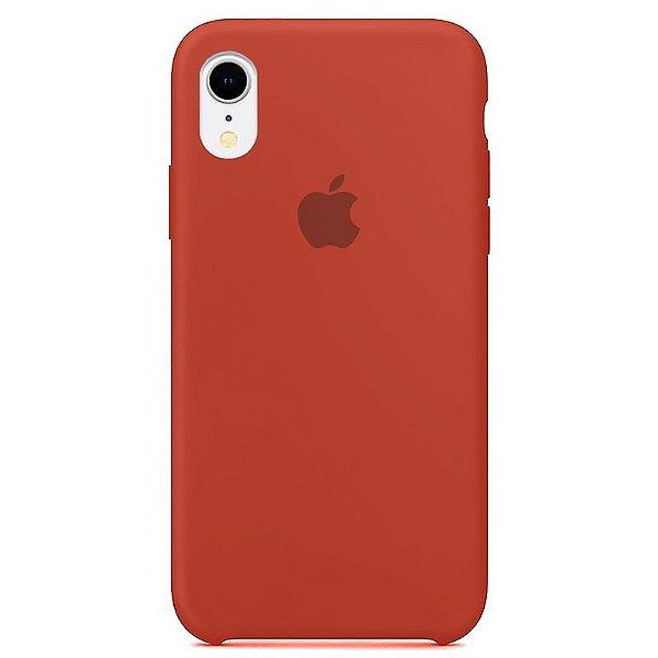 Case Capinha Vermelho Antigo para iPhone XR de Silicone - S3BMBGHUV