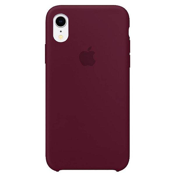Case Capinha Vermelho Bordô para iPhone XR de Silicone - V2WOL979P
