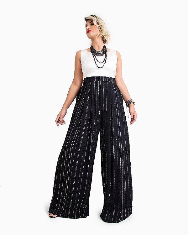Calça Pantalona em Viscose Risca-de-Giz