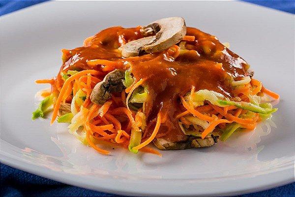 DX6MS - Macarrão de legumes com molho de tomate e cogumelos