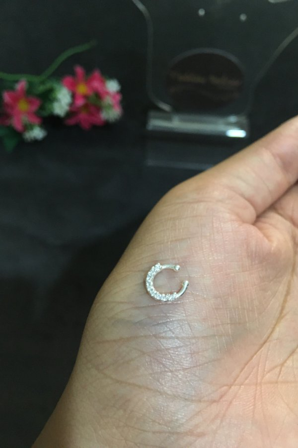 Piercing fake com Zircônias P - Prata 925