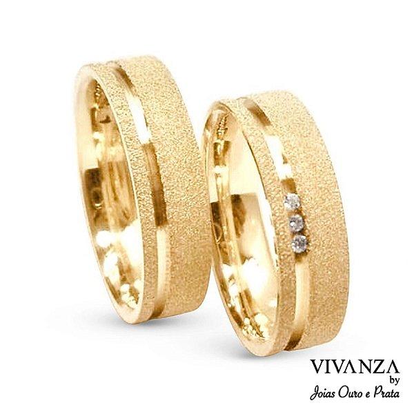 Aliança Diamantada 3 Pedras Banhada Ouro 24k Anatômica (Unidade)