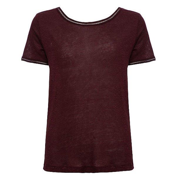 Camiseta Cláudia Vinho