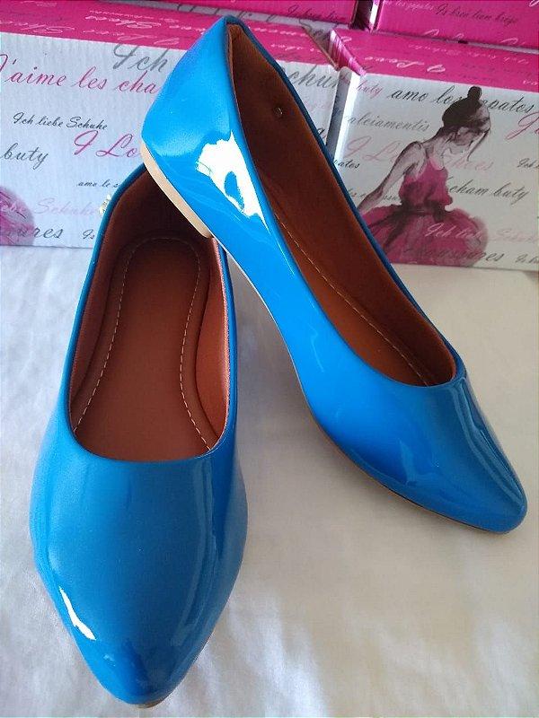 Sapatilhas Modamor Bico Fino em Verniz Brilhante Cor Azul