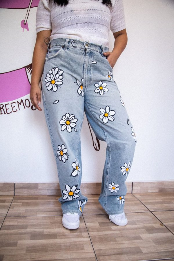 Calça Jeans Margaridas (42)