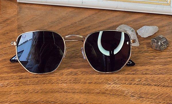 Óculos Classic dourado