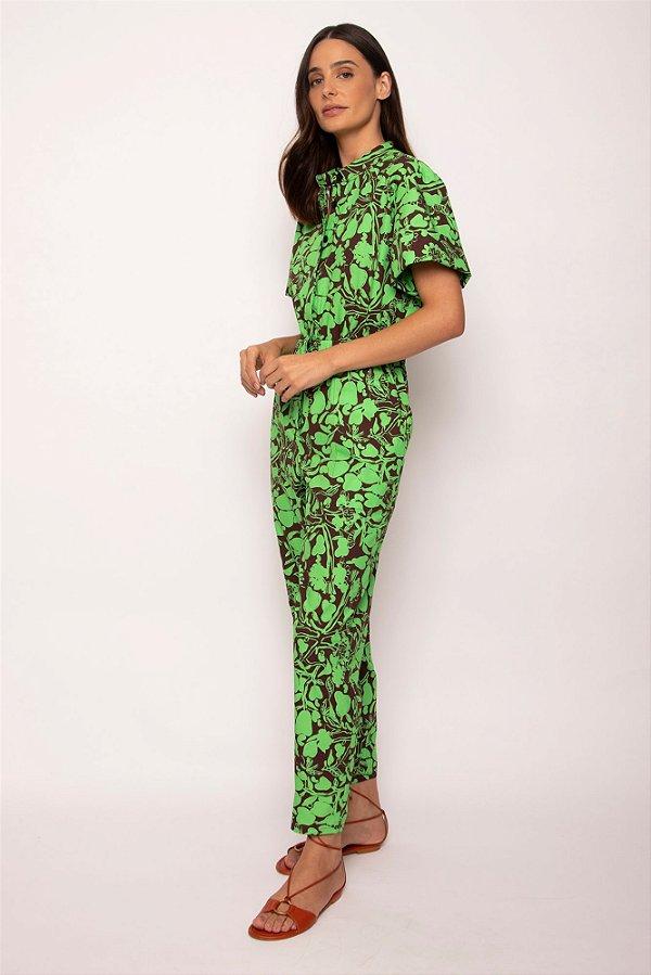 macacão recorte ombro caju verde