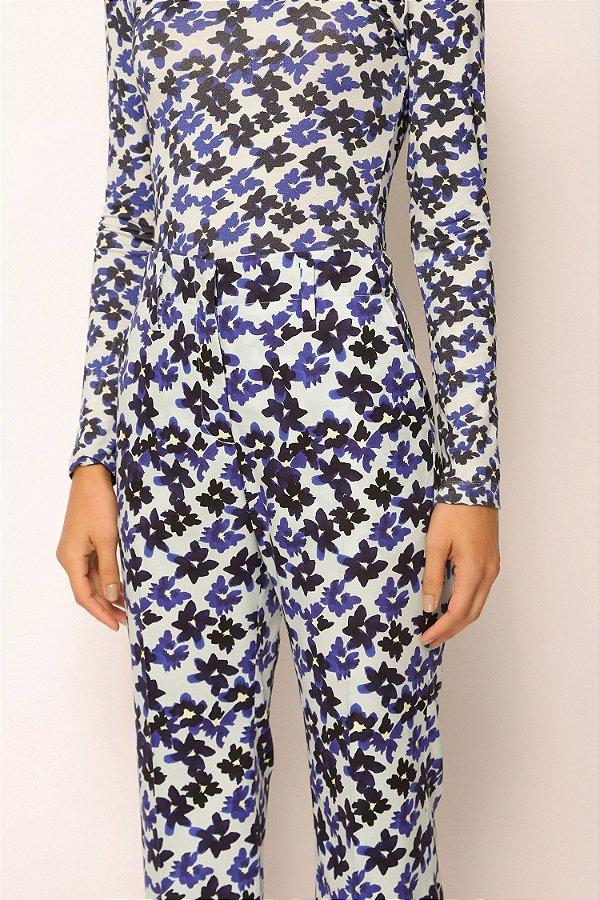 blusa de malha manga longa flores azul