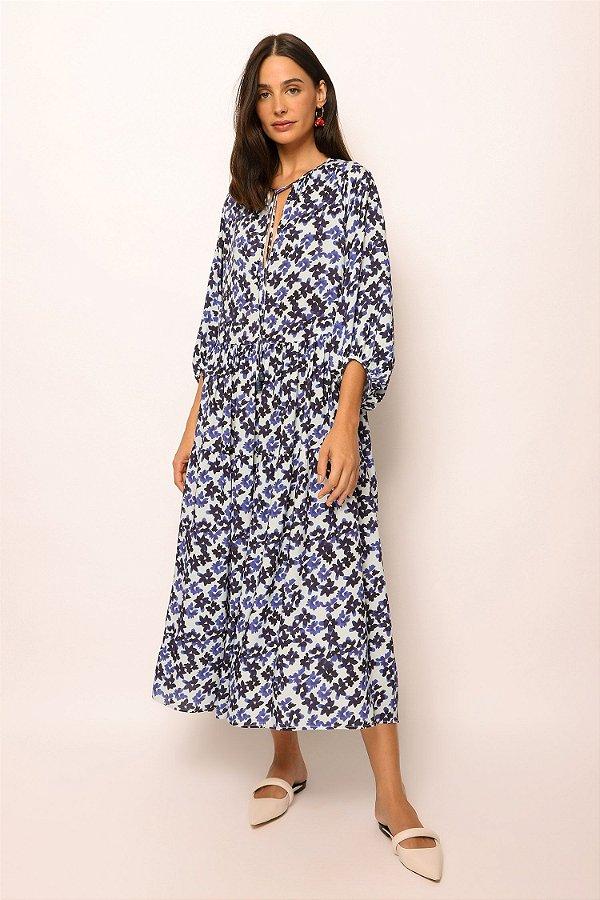 vestido amplo decote v flores azul