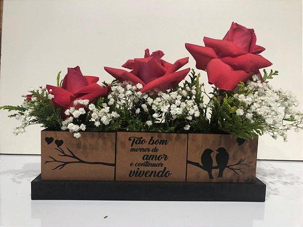 Trio de rosas com frases