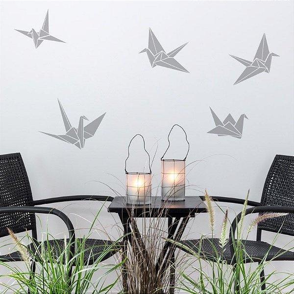Adesivo Pássaros Origami 3 un. de 16X13 e 2 un. de 27X20 cm Só R$ 39,00