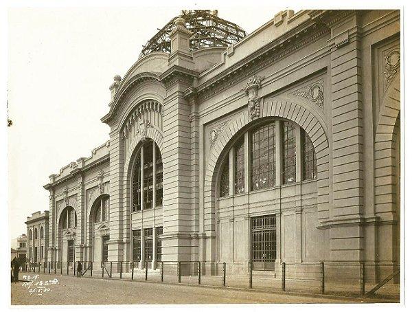 Duas Fotografias Antigas Originais da Construção do Mercado Municipal de São Paulo, Fachada e Interior