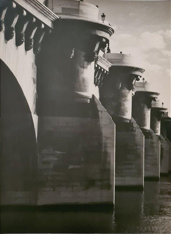 JEAN LECOCQ - Fotógrafo Premiado - Fotografia Original, Colunas da Pont Neuf, Paris - 40x30cm