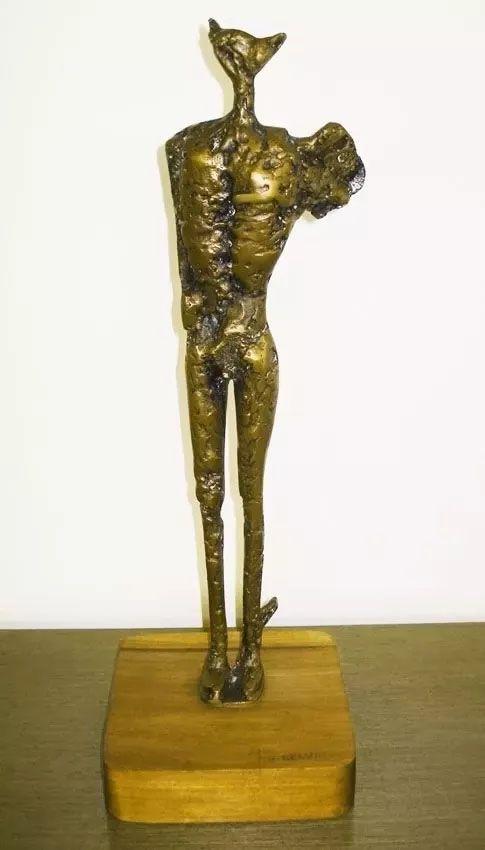 Roberto Cidade - Escultura Em Bronze Homem Alado,  44cm