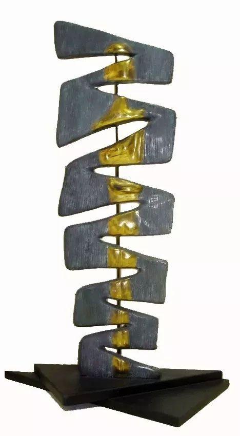 R. Digs - Escultura em Bronze, Abstrato, Assinada.