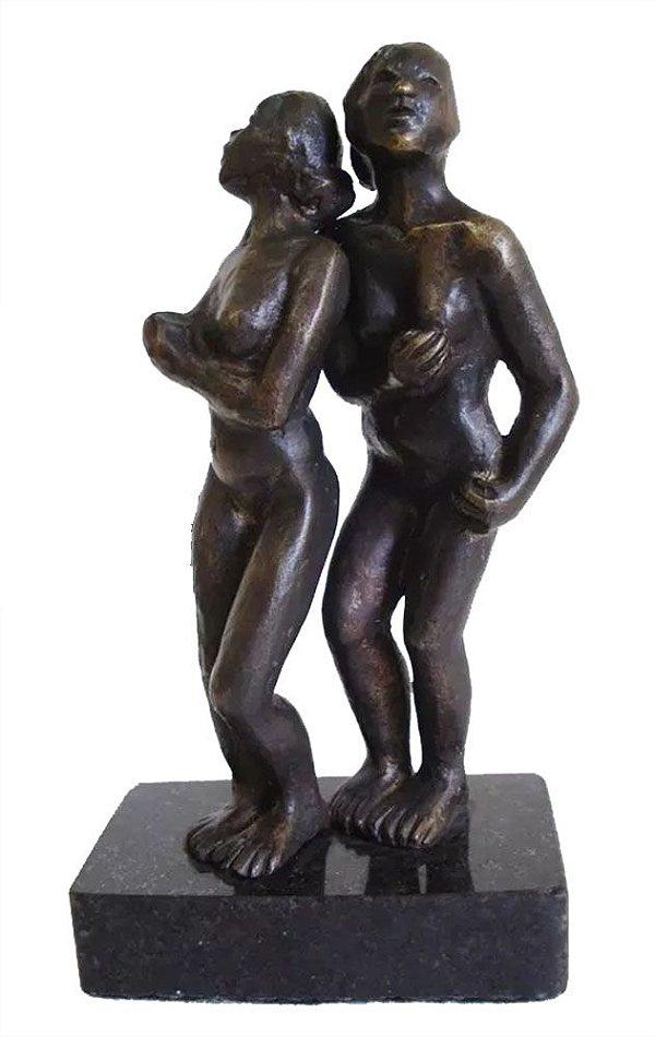 Escultura em Bronze com Base de Granito, no Estilo Ernesto Di Fiori, Figura de  Casal